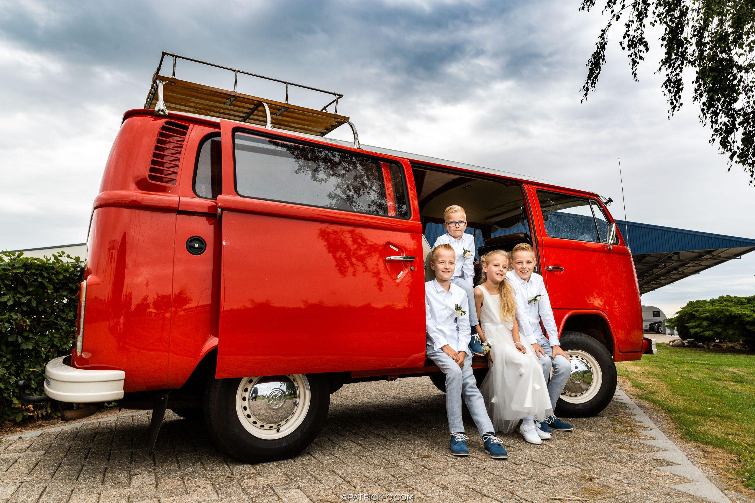 Volkswagen bus trouwauto